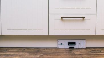 Innowacyjny odkurzacz kuchenny kontra centralny odkurzacz