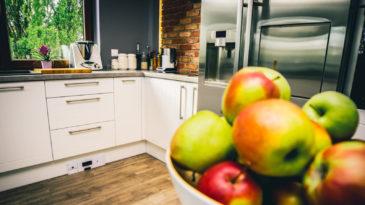 Odkurzacz kuchenny vs. klasyczne problemy odkurzania